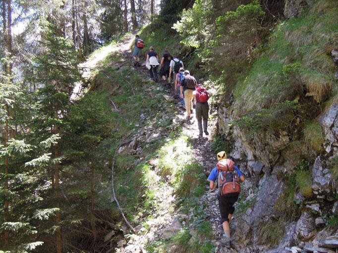 Wanderweg zu den Erzstollen Gruobas Ursera (Foto: David Pedrett)