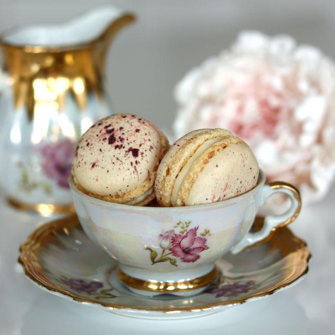 Veilchen & Vanille Macarons
