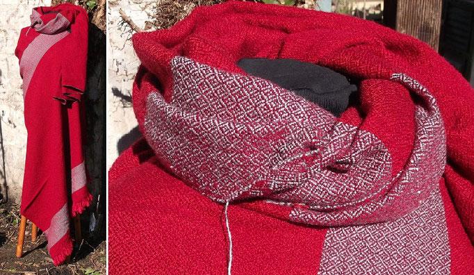 Diamantköper mit eingewebten Dekrostreifen für eine frühmittelalterliche Tunika