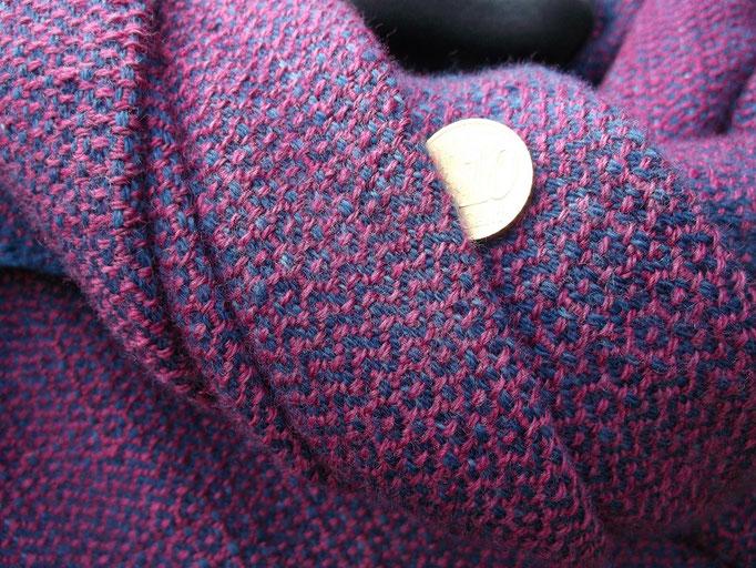 Rosettenköper, Handgewebt, Pflanzengefärbt bzw Insektengefärbt auf Wolle