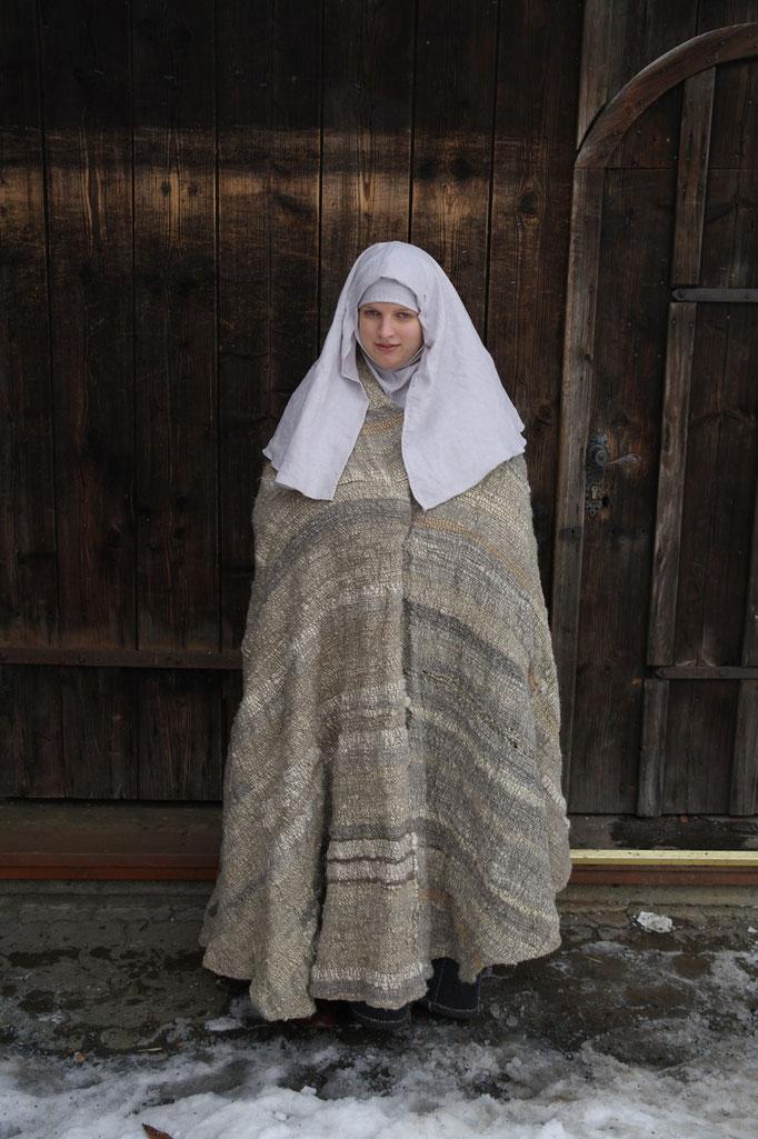 ein Mantel für eine demütige Nonne