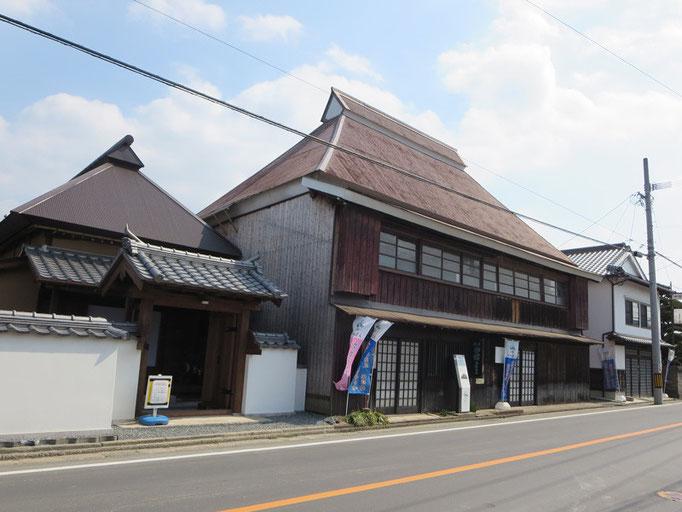 旅籠油屋(松崎駅)