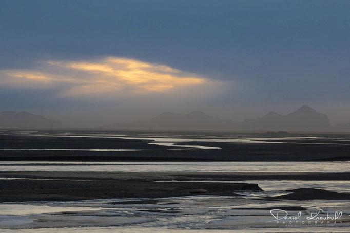 Naturbilder - Westmännerinseln im Sandsturm und Sonnenuntergang (Island)