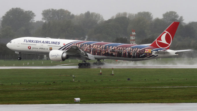 "FC Barcelona Turkish Airlines "" Boeing 777-3F2(ER)  TC-JJI"