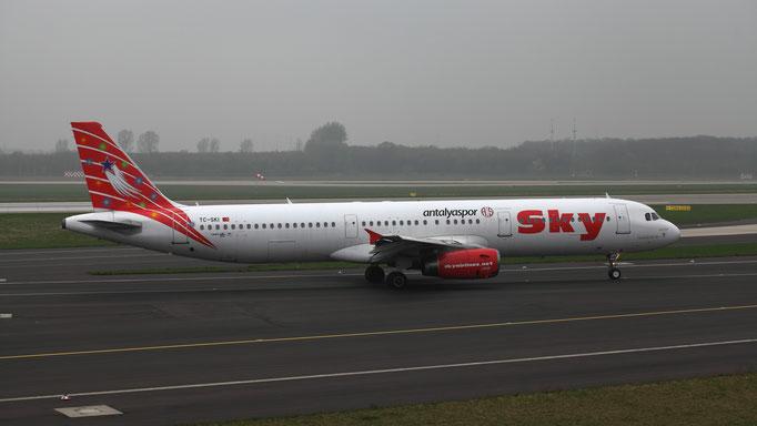 Antalyaspor TC-SKI Sky Airlines Airbus A321-231
