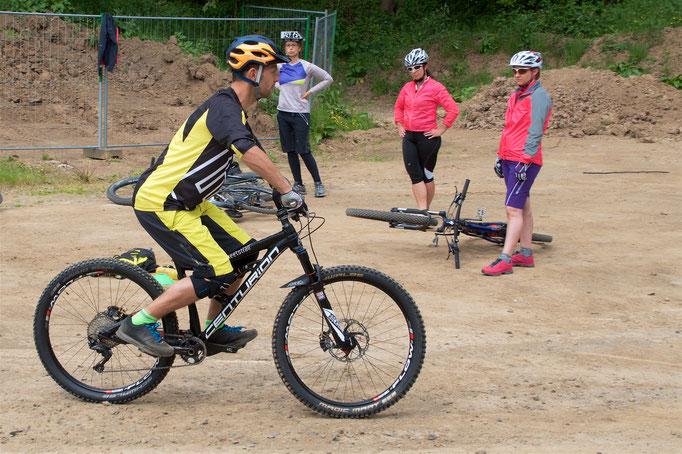 Basic Kurse - trickmeetstrail Mountainbikeschule
