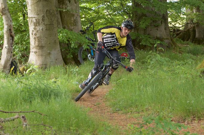 Trailsurfing - trickmeetstrail Mountainbikeschule