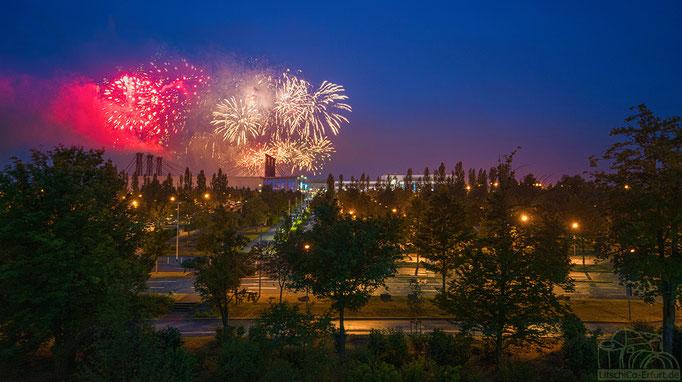 Pyro Games 2017 - Feuerwerk über der Erfurter Messe zur Blauen Stunde