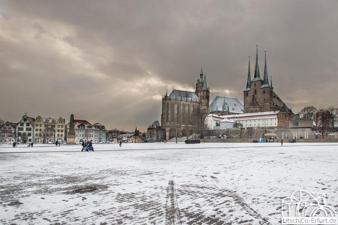 Der Domplatz im Winter.