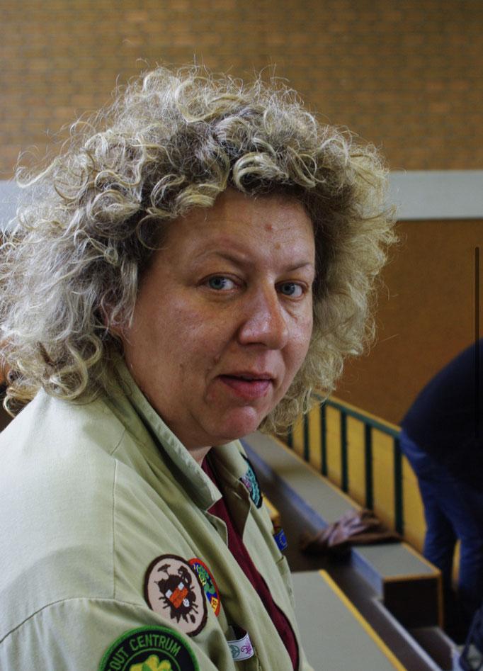 Stefanie Schlipper-Pottkämper - die Frau aus Delbrück räumt beruflich Messi-Haushalte auf