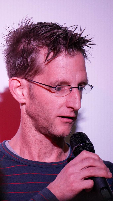 Tobias Stroth - der Borchener Feuerwehrmann rettet Menschen aus Riesenrädern oder hohen Türmen und hat einiges zu erzählen
