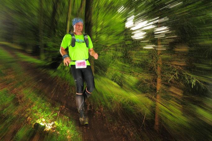 Christoph Hardes - der Paderborner ist Ultraläufer und hat schon unzählige 100 Kilometer-Läufe absolviert. Einmal lief er 320 Kilometer (von Wiesbaden nach Bonn) in 76 Stunden.