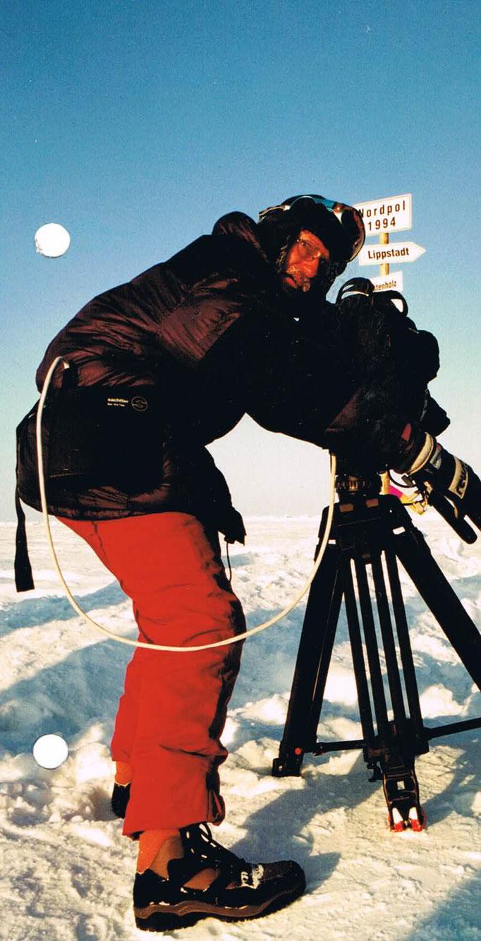 Werner Hennig aus Salzkotten-Verlar - der Mann war 30 Jahre Kameramann und erlebte Unglaubliches.