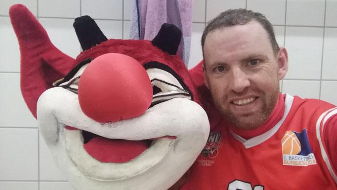 Martin Gill - der verrückte Schotte ist seit Jahren das Maskottchen der Paderborn Baskets.