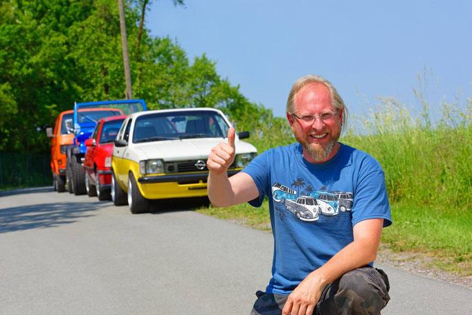 Oliver Sonntag aus Lichtenau-Atteln - Er hat in seinem Leben schon mehr als 350 verschiedene Autos gefahren. Acht Jahre hat er außerdem in Saudi-Arabien gelebt.