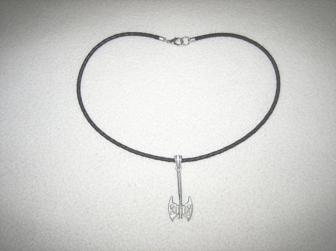 Lederband mit Silberanhänger