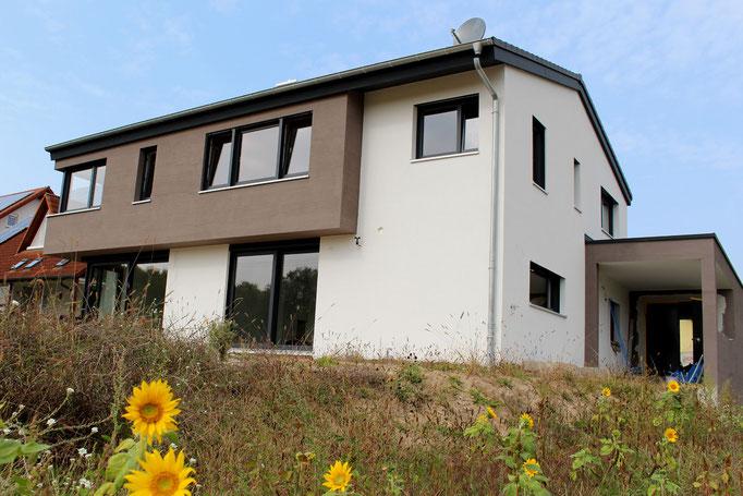 architekturbuero_waessa_neubau_einfamilienhaus_hatzenbuehl_ansicht_garten