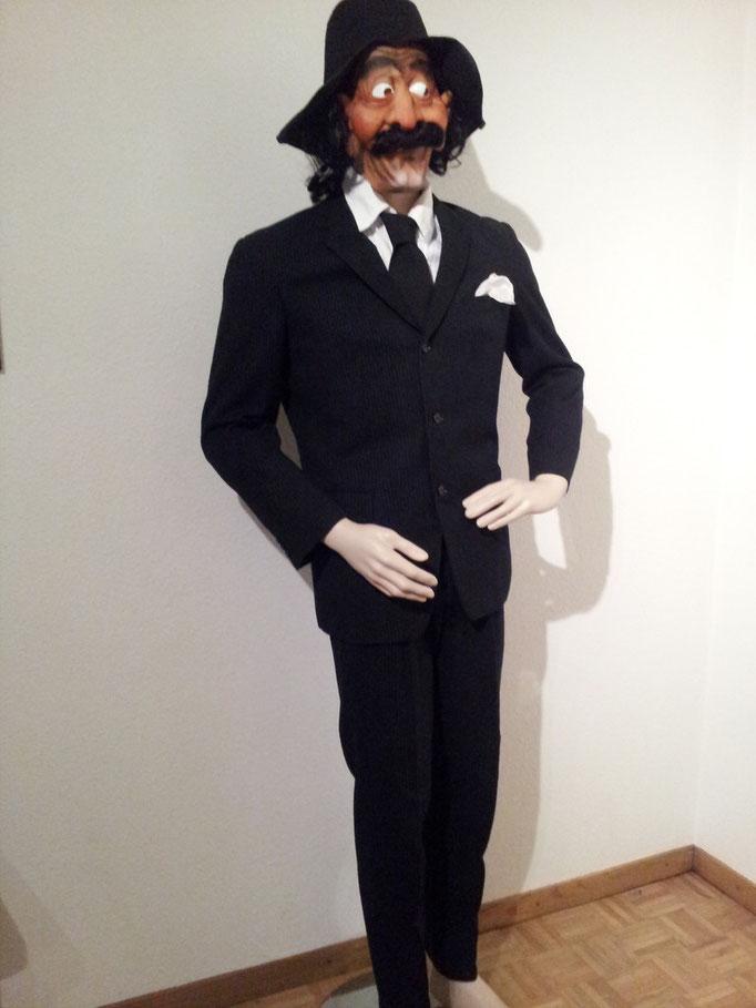 Nadelstreifenanzug,Gr,S/M,Fr.38.-,Komplet inkl Maske+Hemd Fr49.-