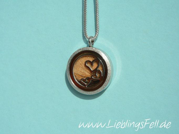 Edelstahl-Amulett (3 cm) mit diamantiertem Rand mit Edelstahlkette 80cm (die Kette ist frei wählbar, das Amulett ist auch mit glattem Rand möglich) - 69€ - (Bild K2)