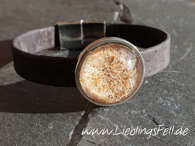 Schwarzes Korkarmband mit Edelstahlfassung (22mm) und Magnetverschluß aus Edelstahl (in Wunschlänge, auch in braun möglich) - 54€ - (Bild A10)
