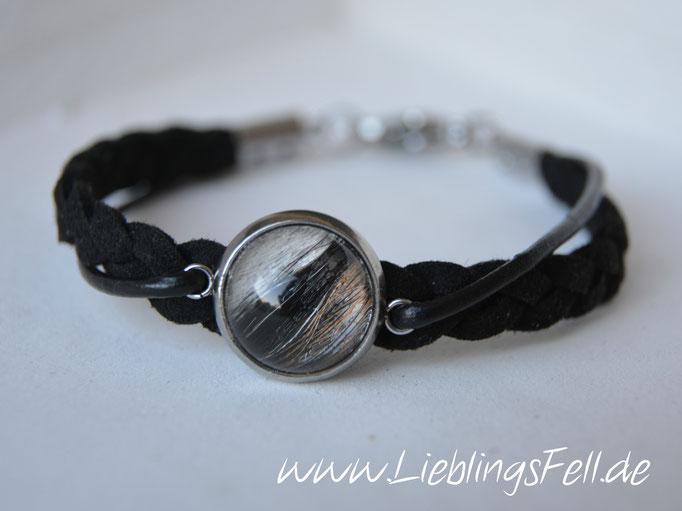 Schmales schwarzes Armband (5mm) aus Kunstwildleder und Leder mit Fassung (14mm) und Verschluß aus Edelstahl (in Wunschlänge oder mit Verlängerung möglich, auch in grau erhältlich. Das dünne Band kann durch Baumwolle ersetzt werden) - 54€ - (Bild A14)