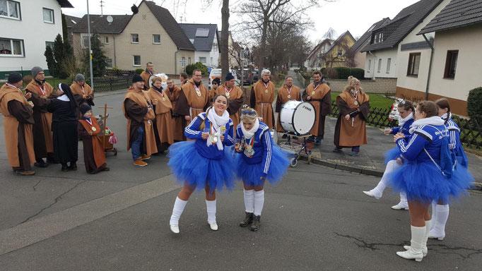 Bilder Echo Karnevalszüge hier