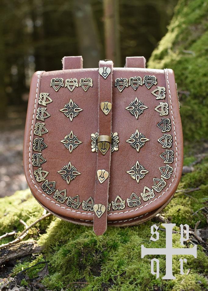 Tarsoly-Tasche, Wikinger-Gürteltasche aus Leder