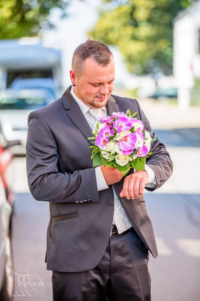 3:Hochzeitsfotograf Erlangen, Hochzeitsfotograf Nürnberg. St. Michael Neutraubling