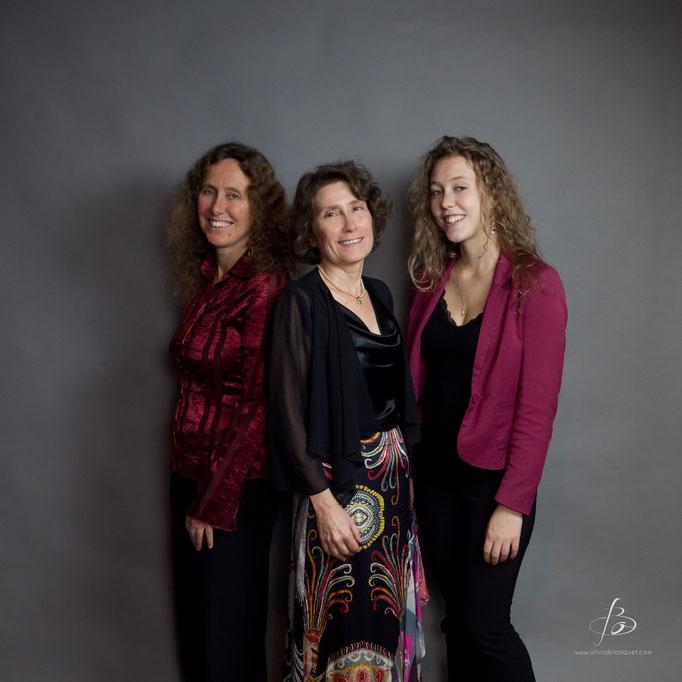 "Trio ""Airs de Famille"" avec Helvia Briggen (harpe) et Amédée Briggen (piano) © Olivia Blanquet 2015"