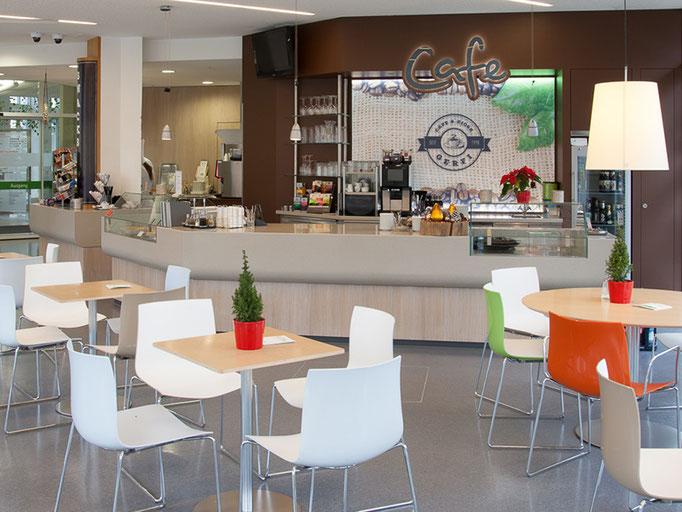 Das Café Gerfi begrüßt seine Gäste im Klinikum Dritter Orden in München Nymphenburg.
