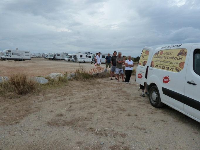 Aire de Port Leucate (11) - Le boulanger des camping caristes...