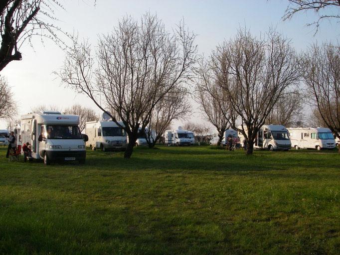 """Aire de """"Le moulin"""" St Denis d'Oléron 17650 -  Ancien camping (1/2)"""