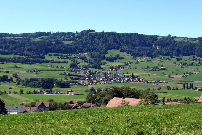 Obehär Gelterfinge: Ussicht gäge Kaufdorf, Längebärg