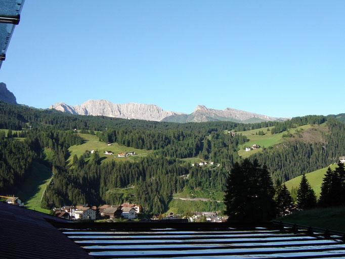 Die Aussicht von unserem Zimmer Richtung Seiser-Alm
