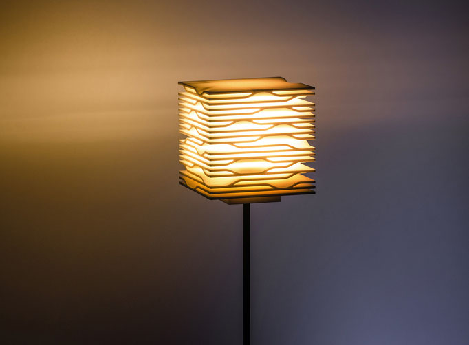 Levels - LED Leuchte aus dem 3D-Drucker, €351 - €394 je nach Höhe