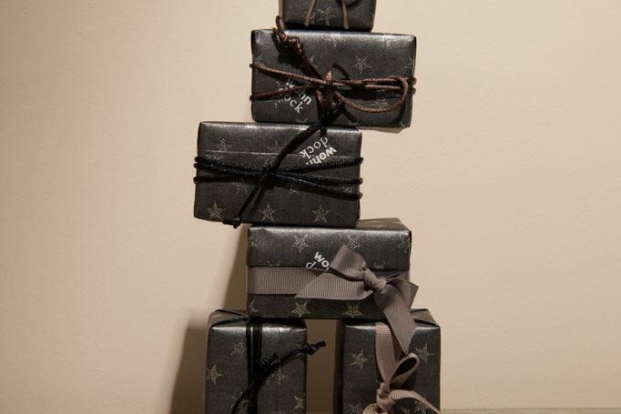 Wir verpacken Ihre Geschenke....