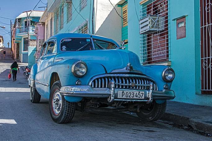 Buick eight in Santiago de Cuba