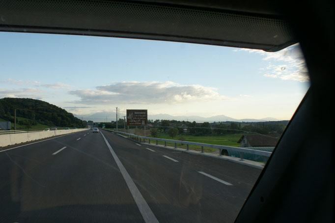 Vor Lausanne richtig schönes Wetter