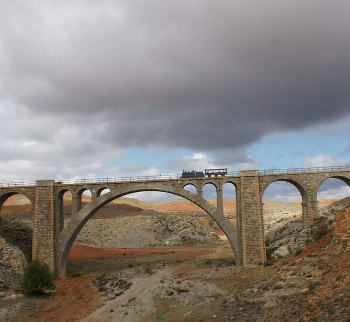 Bahnviadukt