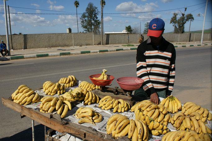 und Bananen ein