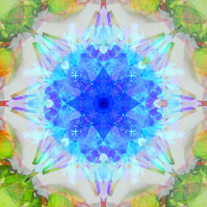 Blauer Kristall