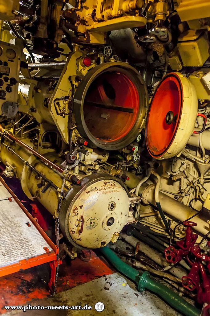 Belgien - Zeebrugge - Russisches U-Boot U-480 Foxtrot - Torpedorohr