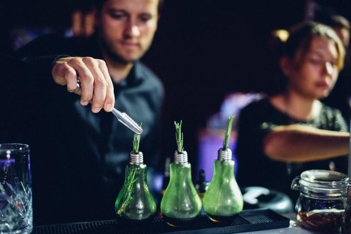 nachhaltiger Cocktail von Goldstaub Barcatering Potsdam.