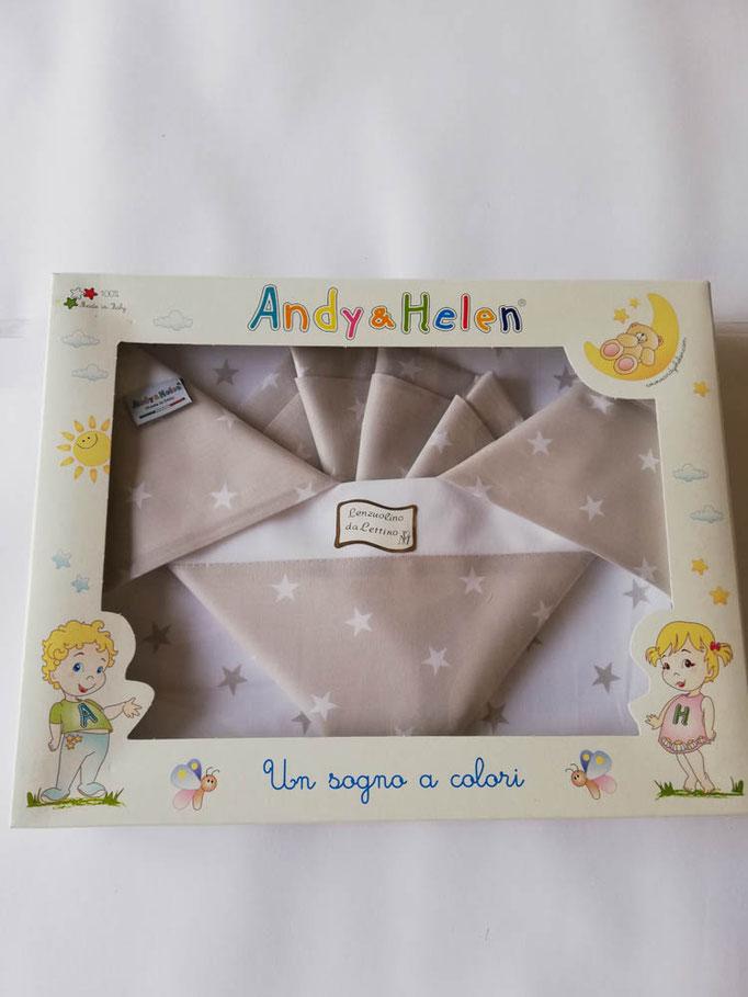 Completo lenzuola lettino con disegno stelle stampato Andy e Helen. Col.Beige. C021