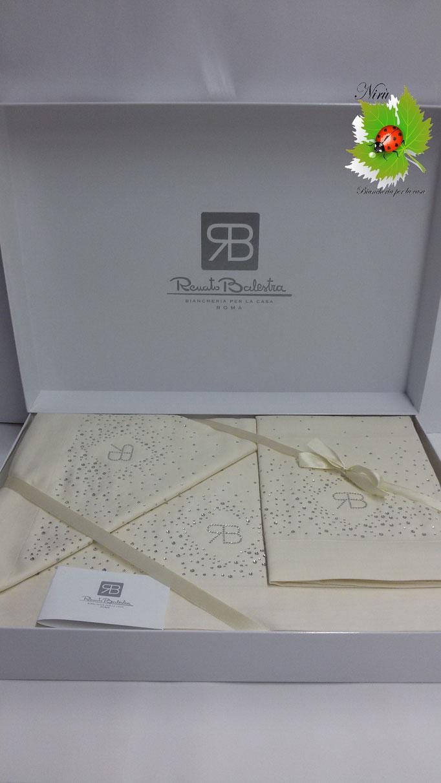Completo lenzuola di Renato Balestra Mod.Cristel per letto matrimoniale. Col.Panna.Art. A749