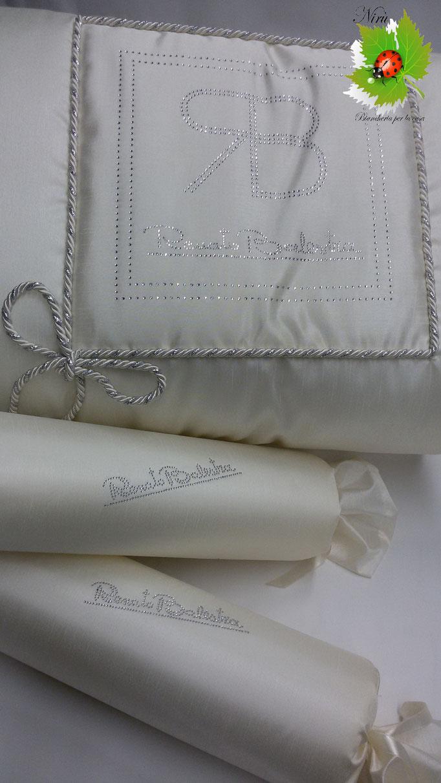 Trapunta piumone Renato Balestra. Mod.Gioiello matrimoniale con cuscini a caramella. A457