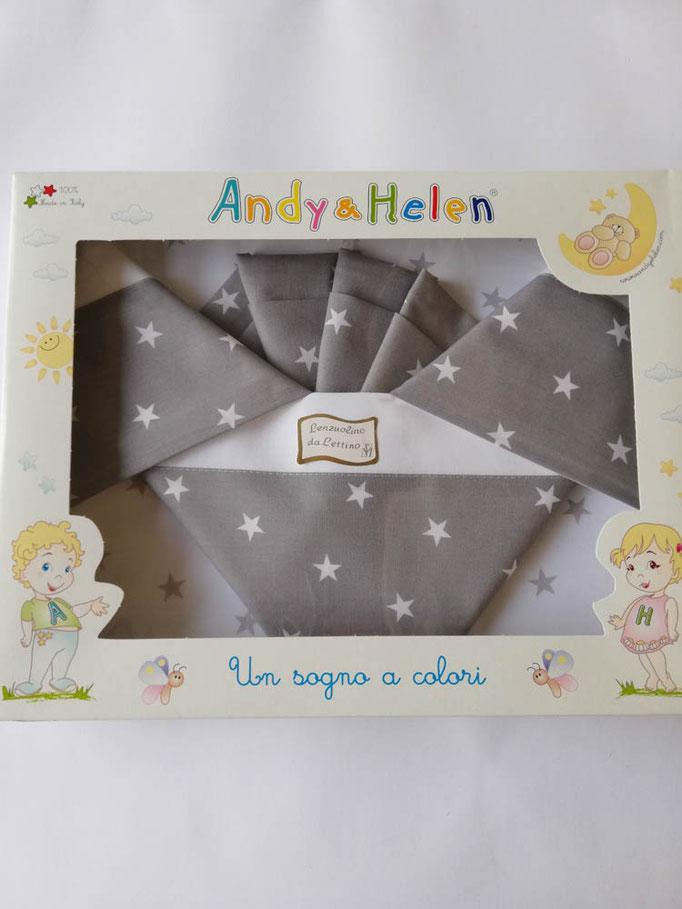 Completo lenzuola lettino con disegno stelle stampato Andy e Helen. Col.Grigio. C021