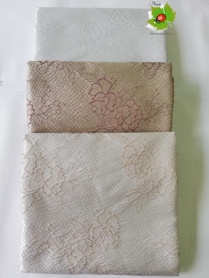 Scampolo tessuto jacquard dis. rose 280x280 cm. B235