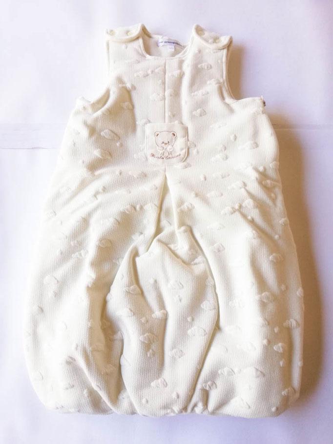 Baby sacco per neonati in cotone ricamato T&R baby. Col.Panna. C073