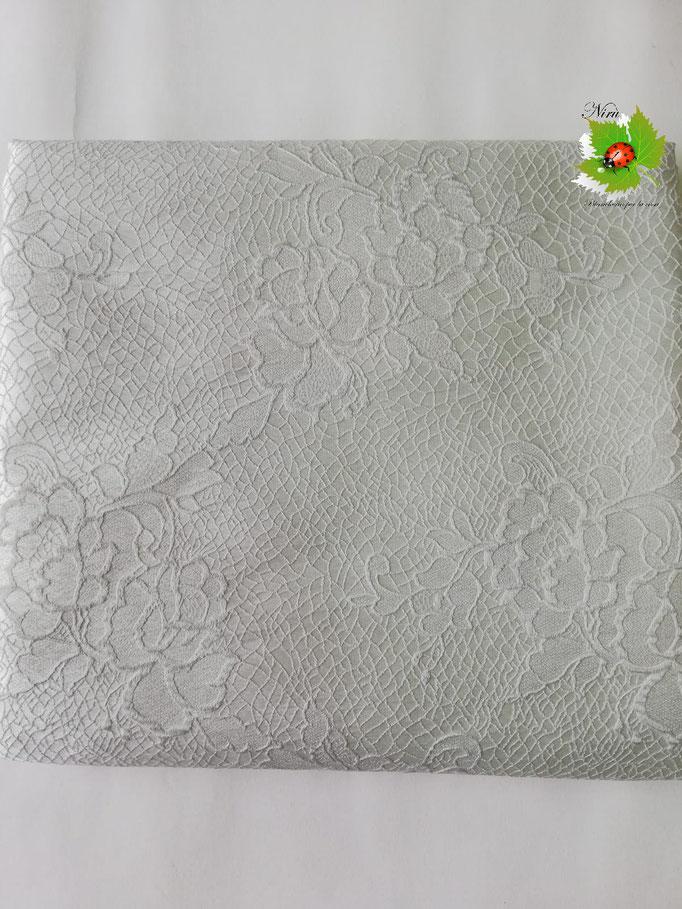 Scampolo tessuto jacquard dis. rose 280x280 cm. Col.Bianco sporco. B235